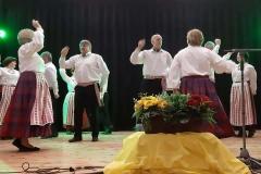 """RRKC-Ariogaloje-vyresniųjų-tautinių-šokių-kolektyvas-""""Sutartinis""""-vad.-Marytė-Kvietkuvienė-"""