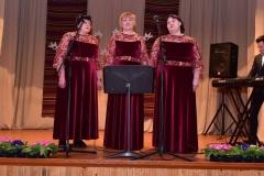 Kaulakių-moterų-vokalinis-ansamblis