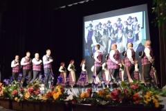 Scenoje-tautinų-šokių-kolketyvas-Aušrinė